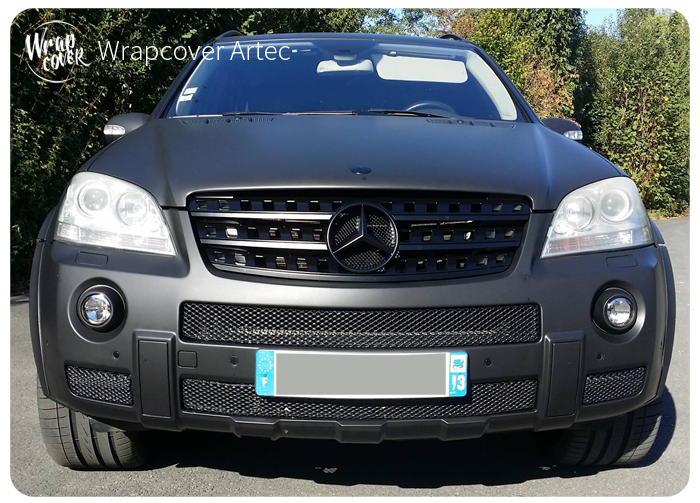 Total Covering Noir Mat Mercedes ML 6.3 AMG - Wrapcover Artec